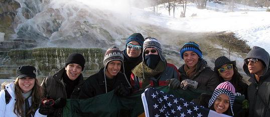 Jovens Embaixadores no Parque Nacional de Yellowstone, em Montana.
