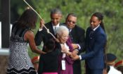 Barack Obama, Michelle Obama, Ruth Odom Bonner (AP Photo/Manuel Balce Ceneta)