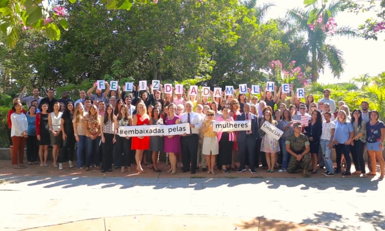 Missão dos Estados Unidos no Brasil homenageia o Dia Internacional da Mulher