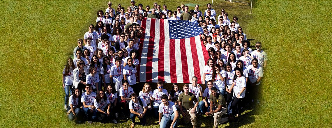 126 alunos da rede pública do Brasil participam de imersão em inglês em Brasília